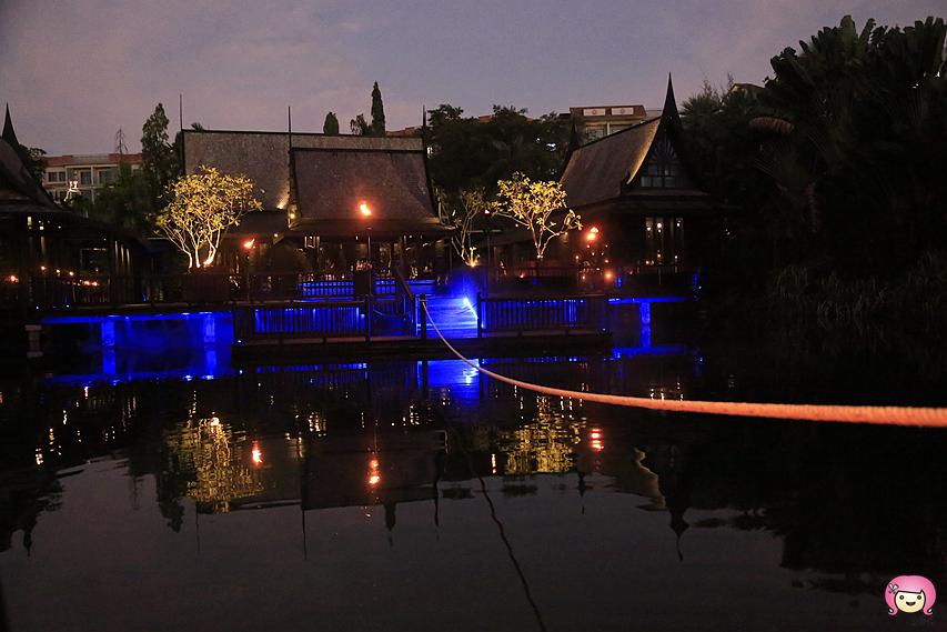 [普吉島美食]Black Ginger | The Slate, Phuket~搭著竹筏才能抵達.神祕浪漫燭光晚餐 @VIVIYU小世界