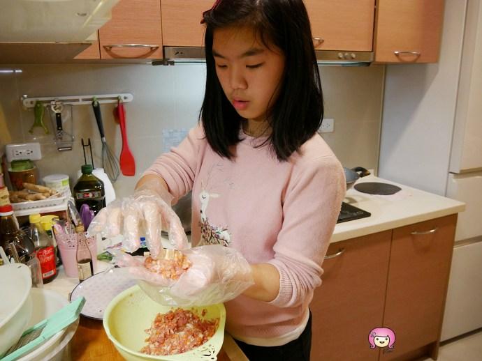 [烹飪]起司漢堡排|小孩一起動手做料理~快速完成肉汁多又美味西式料理 @VIVIYU小世界
