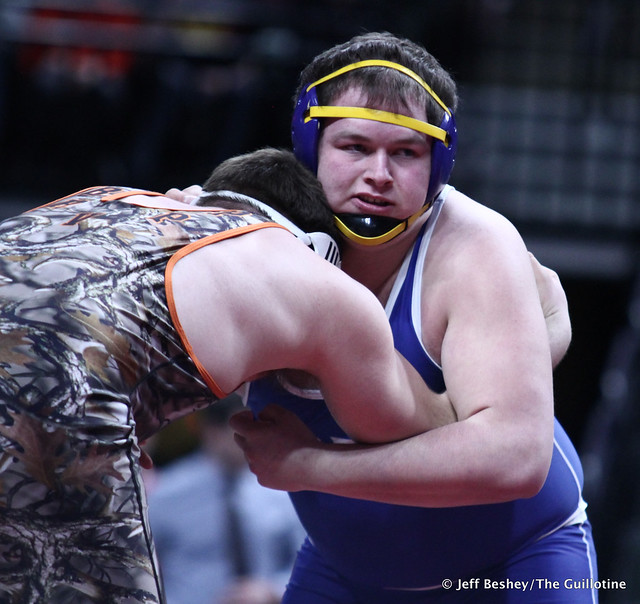 285A 1st Place Match - Craig Orlando (Bertha-Hewitt-Verndale-Parkers Prairie) 47-1 won by fall over Scot Edwards (Adrian Area) 28-2 (Fall 3:24). 190302CJF0839