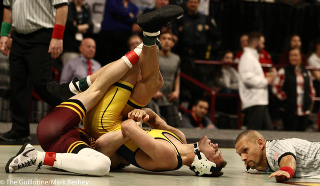 Cons. Semi - Mitch McKee (Minnesota) 20-5 won by decision over Kanen Storr (Michigan) 24-6 (Dec 12-6) - 190310cmk0036