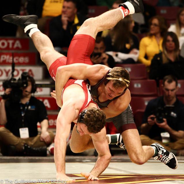 Champ. Round 1 - Devin Skatzka (Minnesota) 24-7 won by major decision over Jake Covaciu (Indiana) 16-10 (MD 10-0) - 1903amk0176
