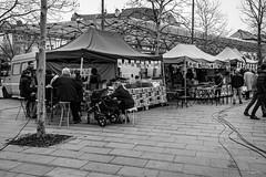 Fin du marché / Place Flagey