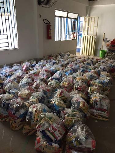 Alimentos arrecadados - Foto Divulgação (1)