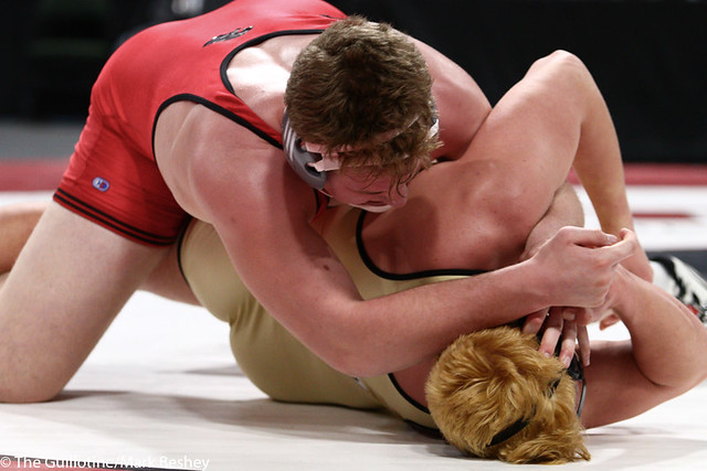 285AAA 1st Place Match - Bryce Benhart (Lakeville North) 34-0 won by decision over Marco Cavallaro (East Ridge) 36-5 (Dec 7-0) - 190302bmk0414