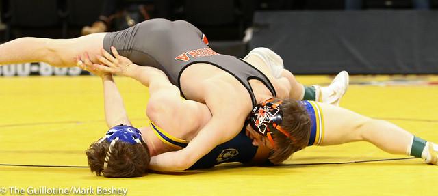 113 - Semifinal - Ryan Henningson (Winona-Winona Cotter) 45-1 won by major decision over Brandon Psyk (St Michael-Albertville) 39-5 (MD 13-1) - 190302amk0024