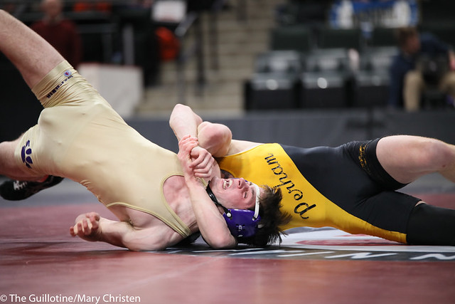 152AA 1st Place Match - Tim Stapleton (Waconia) 43-2 won by major decision over Dylan Fudge (Perham) 44-7 (MD 11-2) - 190302BMC4777