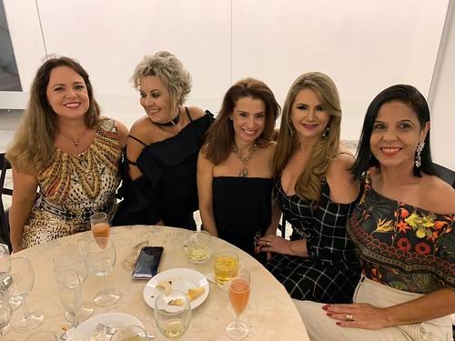 Jussara, Alba Valéria, Adriana, Sônia e Adriana