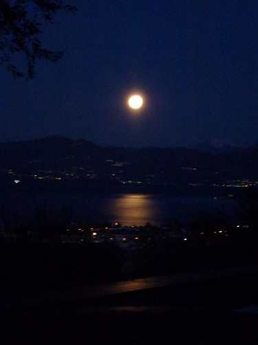 Full moon 9 jan 2012