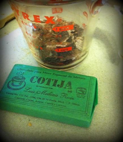 Mole chocolate cotija