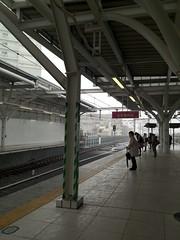 初雪だー!…って、電車遅れるだけだよ…
