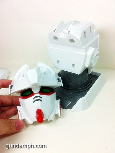 Banpresto Gundam Unicorn Head Display  Unboxing  Review (36)