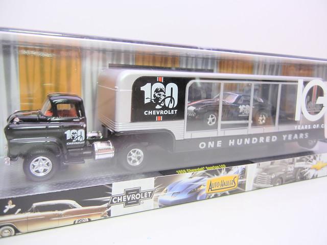 m2 machines auto haulers 100th chevy anniversary (10)