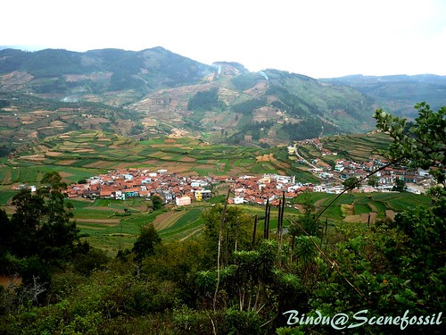 Kodaikanal : Valley - wide