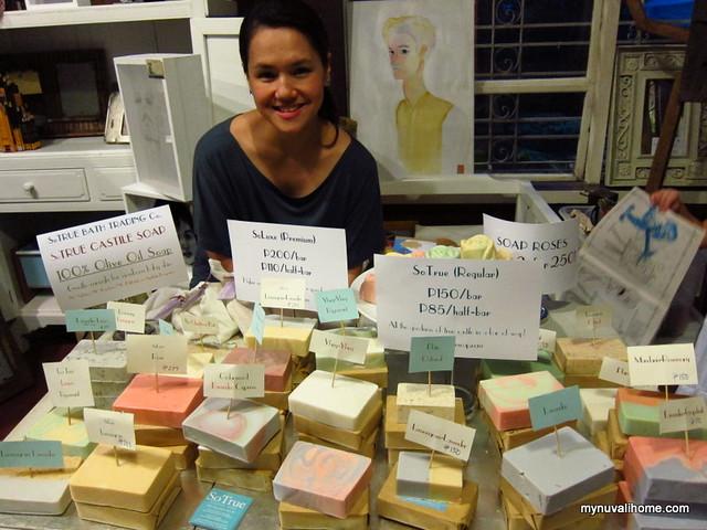 10A Alabama Art Fair Dec10-11, 2011 (31)