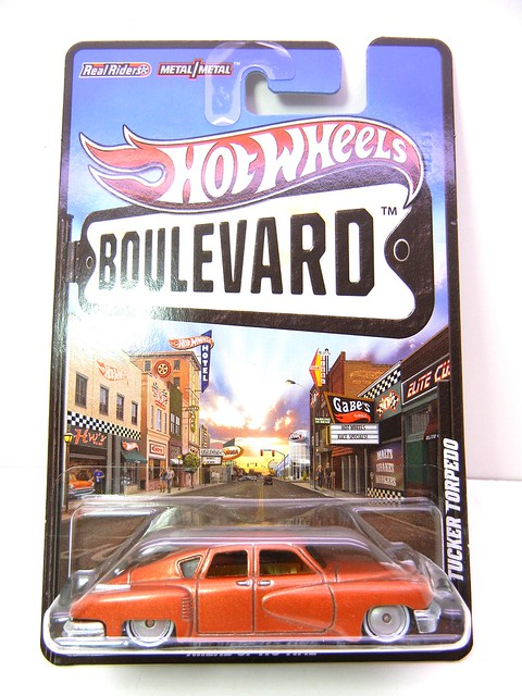 HOT WHEELS BOULEVARD TUCKER TORPEDO (1)