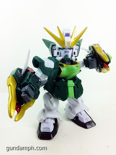 SD Gundam Online Capsule Fighter ALTRON Toy Figure Unboxing Review (22)