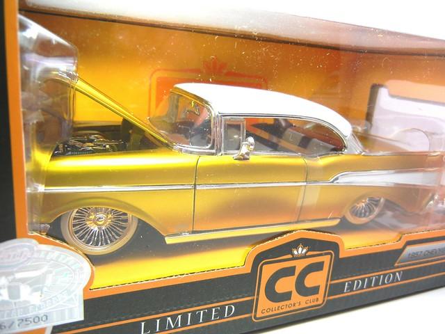 jada toys gold 1957 chevy bel air (2)