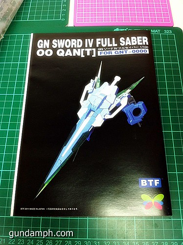 GN Sword 4 IV Full Saber QuanT 1-100 BTF Coversion Kit Unboxing (23)