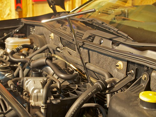 Mazda RX-8 Replacing Engine Oil Filter