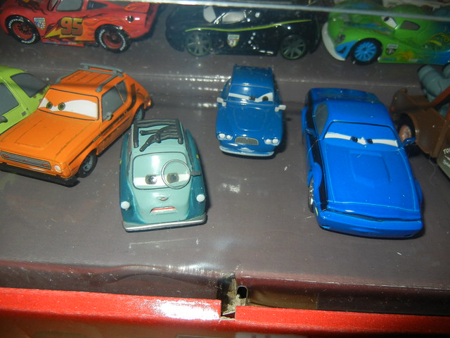 2011 disney store cars 2 20 car set  (7)