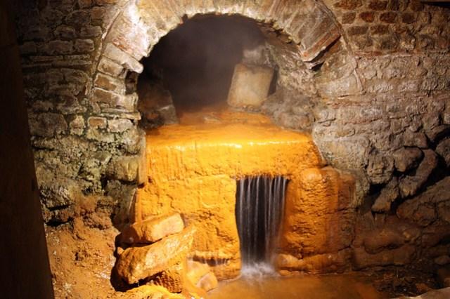 Roman designed drain