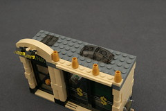 6864 The Batmobile and the Two-Face Chase - Bank 3