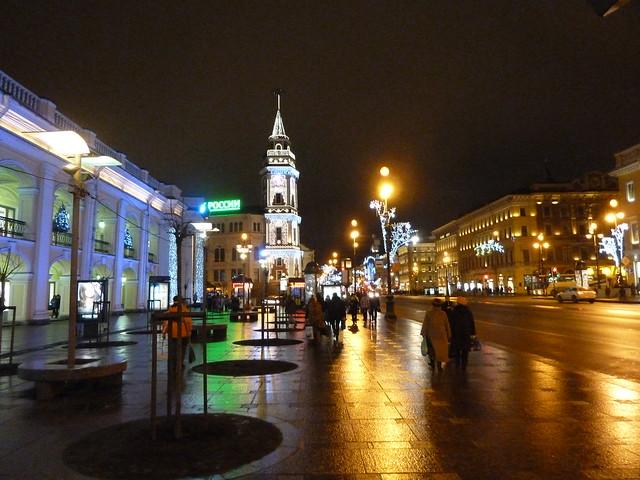 Гостиный двор, Невский проспект