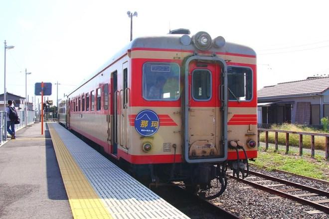キハ2005貸切列車、阿字ヶ浦到着
