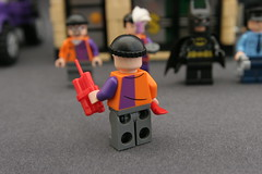 6864 The Batmobile and the Two-Face Chase - Goon 2