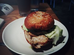 Chicken burger, Food For Thought, Singapore Botanic Gardens