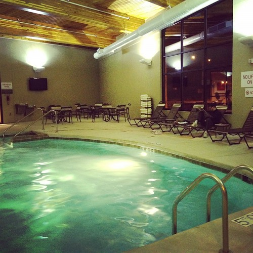 Hyatt Place Milwaukee West pool