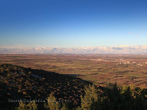 Ravni kotari and Velebit mountain in the background
