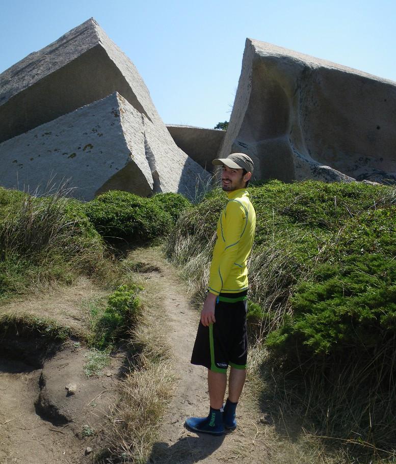 Capo Testa - le rocce spaccate alla Valle della Luna