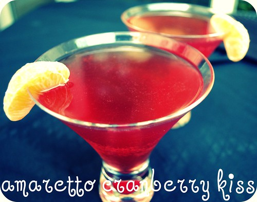 amaretto cranberry kiss