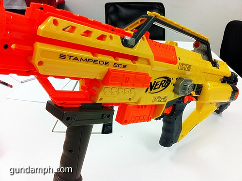 NERF Sale 50% Off Stampede Raider Recon Unboxing Review (44)