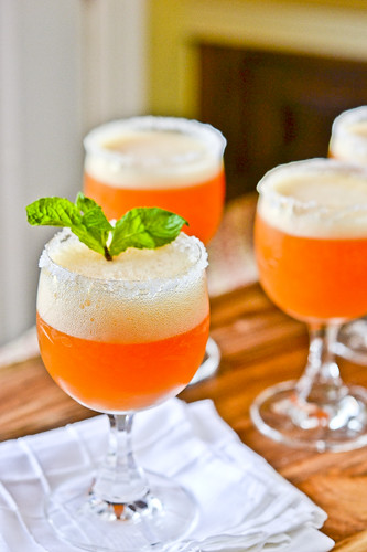 Peach Champagne Cocktails 8