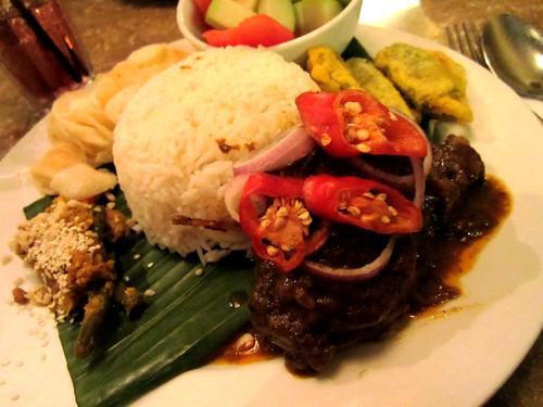 Indian chicken masala rice set