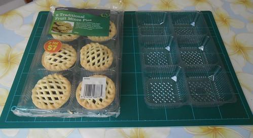 Mince Pie & palette