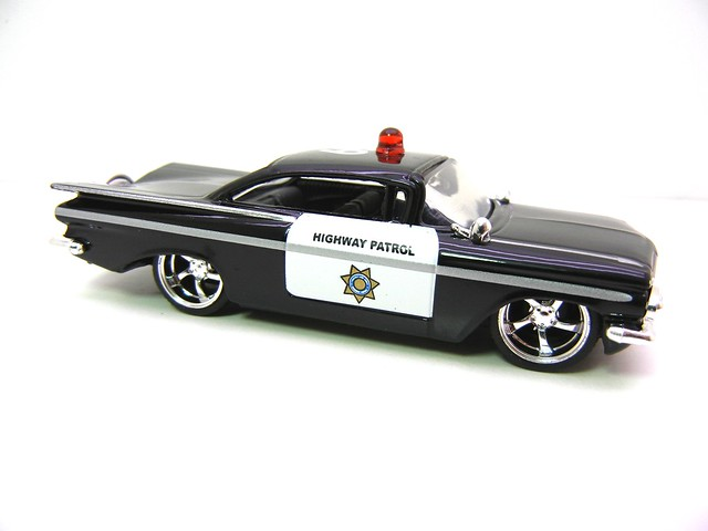 jada toys badge city heat '59 chevy impala police (2)