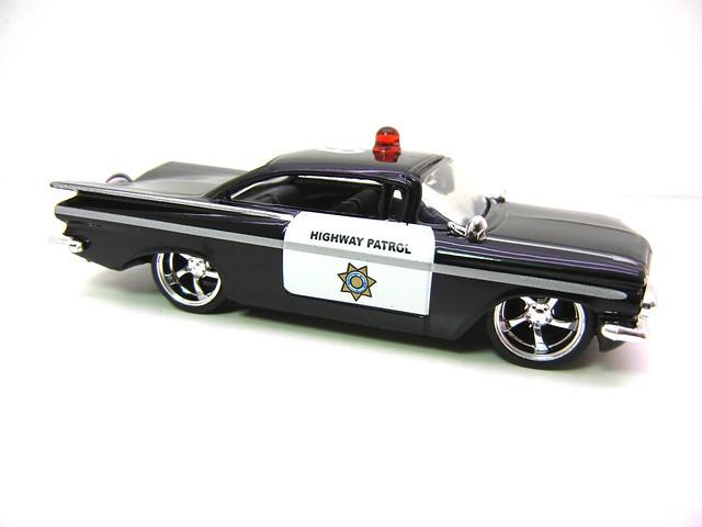 jada toys badge city heat '59 chevy impala police (2)