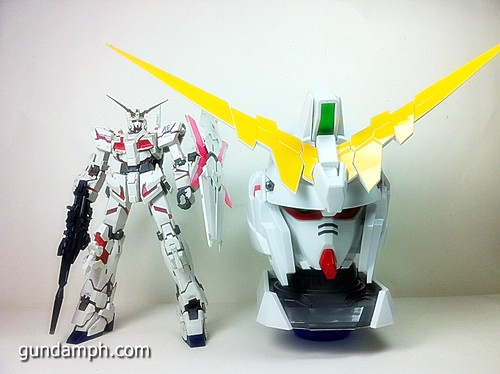 Banpresto Gundam Unicorn Head Display  Unboxing  Review (59)
