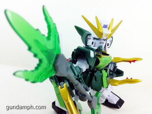 SD Gundam Online Capsule Fighter ALTRON Toy Figure Unboxing Review (29)