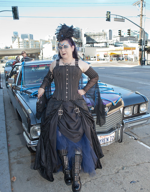 Bride with ArtCar limousine