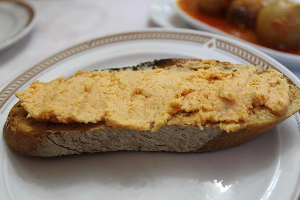 Tosta de pastel de cabracho
