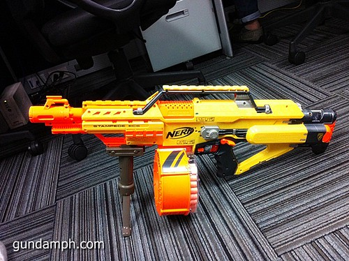 NERF Sale 50% Off Stampede Raider Recon Unboxing Review (73)