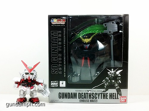SD Gundam Online Deathscythe Hell Custom Toy Figure Unboxing Review (2)
