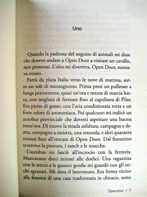 Opendoor, di Iosi Havilio, caravan edizioni 2011; progetto grafico di Flavio Dionisi, ill. di cop. ©DorianGray. incipit (part.), 1