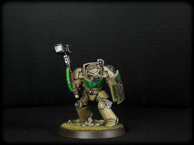 Dark Angels Deathwing Thunder Hammer 2  (1 de 8).jpg
