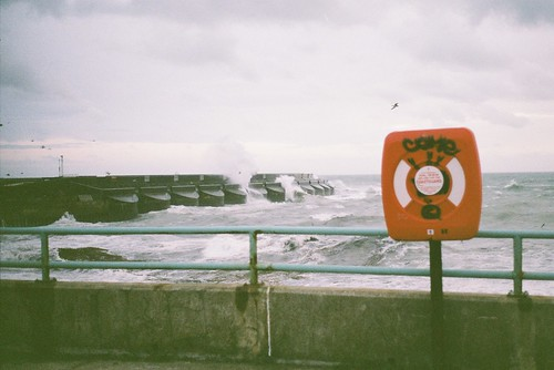 FILM 01 - rough sea.