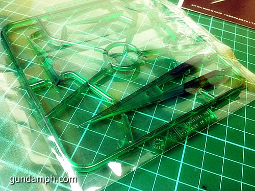 GN Sword 4 IV Full Saber QuanT 1-100 BTF Coversion Kit Unboxing (19)